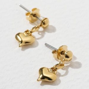 New Vanessa Mooney the genie earrings heart gold